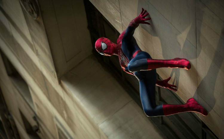The-Amazing-Spider-Man-2-Wall-Climbing-Wallpaper1